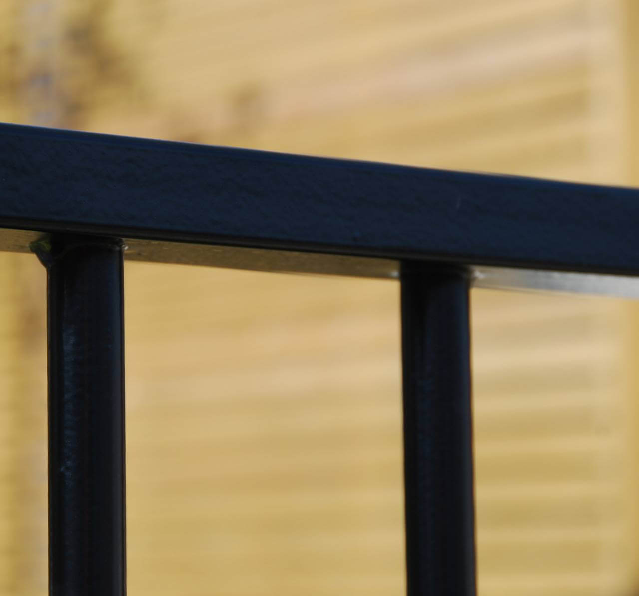 Sentry Residential Railing Rail Detail