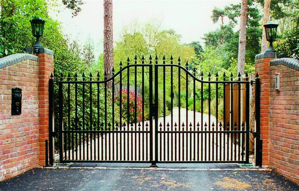 Arched Top Ornamental Gate