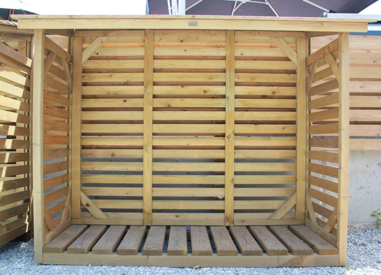Log store - Jacksons Fencing