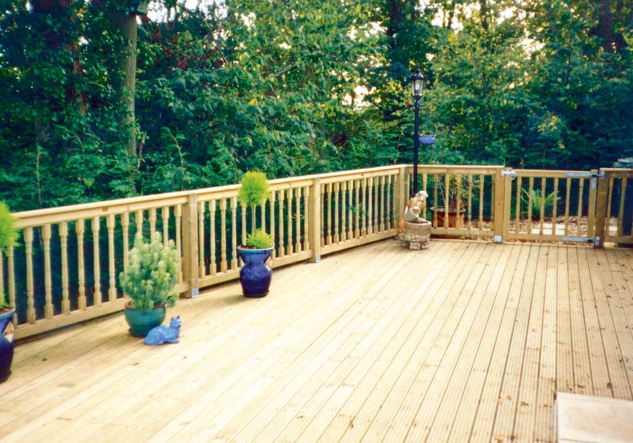 Style 2 Balustrade with Deck