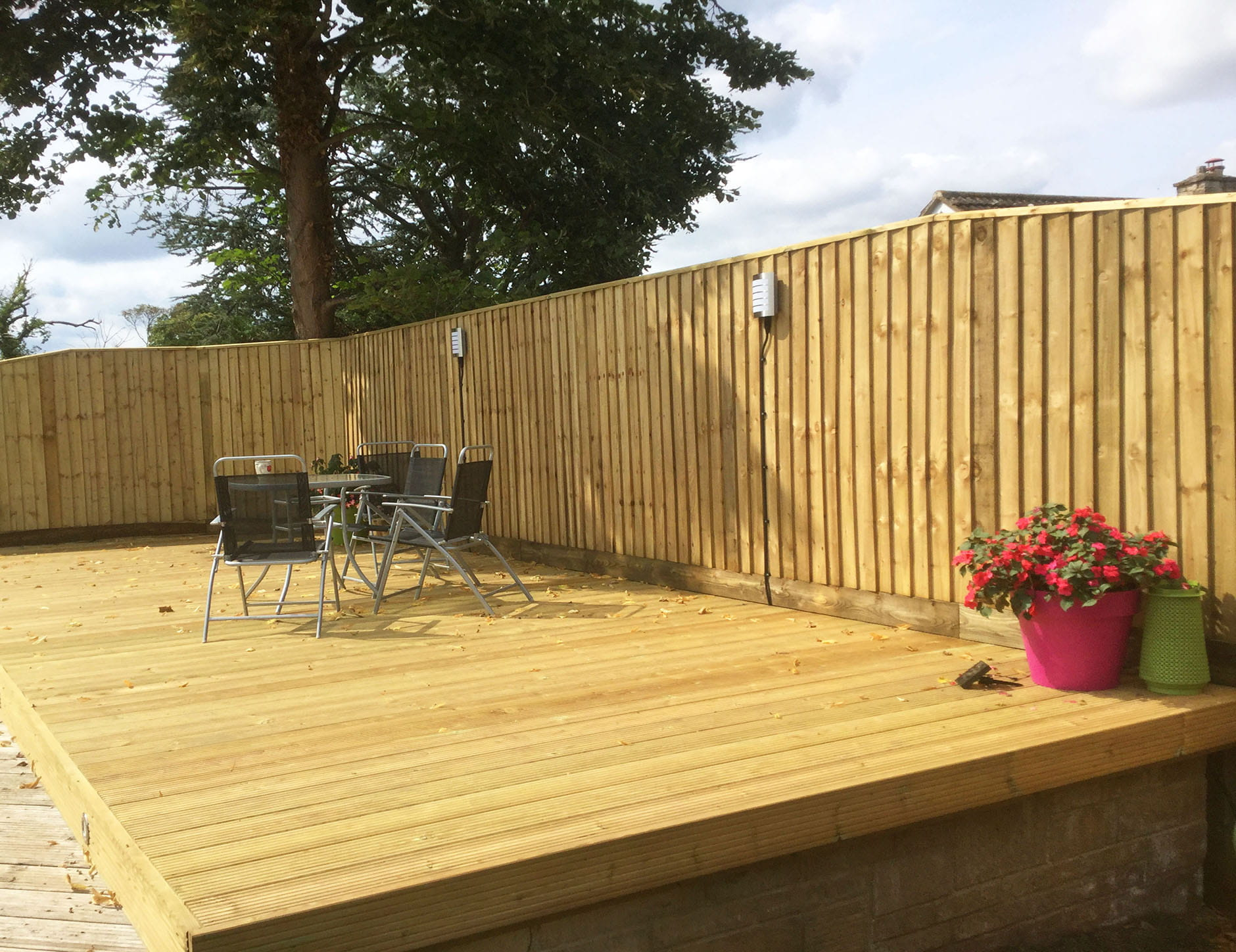 Featherboard with decking