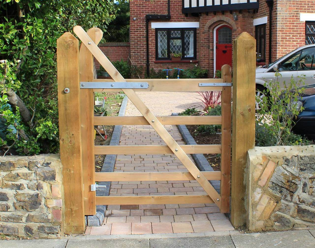 Single Timber Entrance Gate