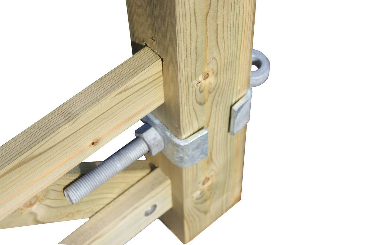 Galvanised gate hinge fitting with adjustable bottom