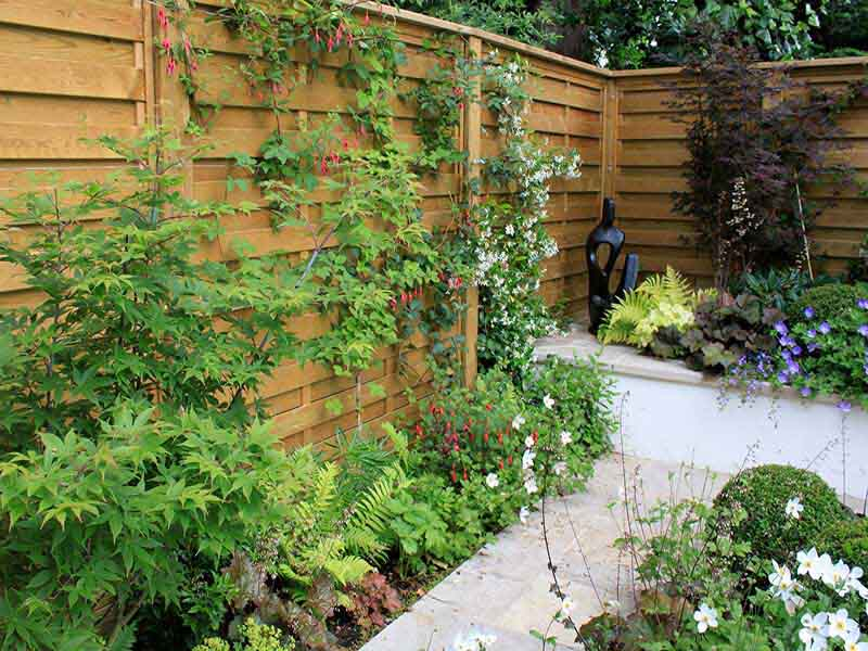 horizontal fence panels uk