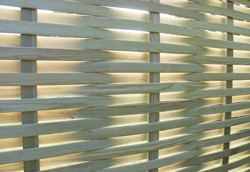 Woven Fence Panel with Light