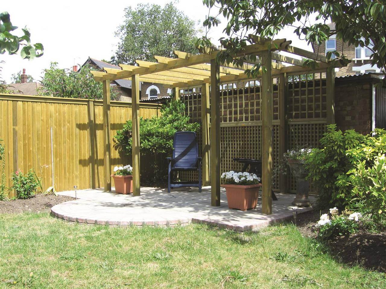 pergola with trellis (Large)