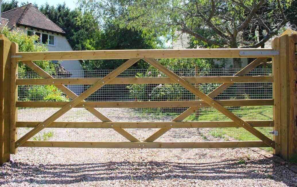 adjustable gate bottom hinge 5 bar gate farm wooden gates fencing tools stables