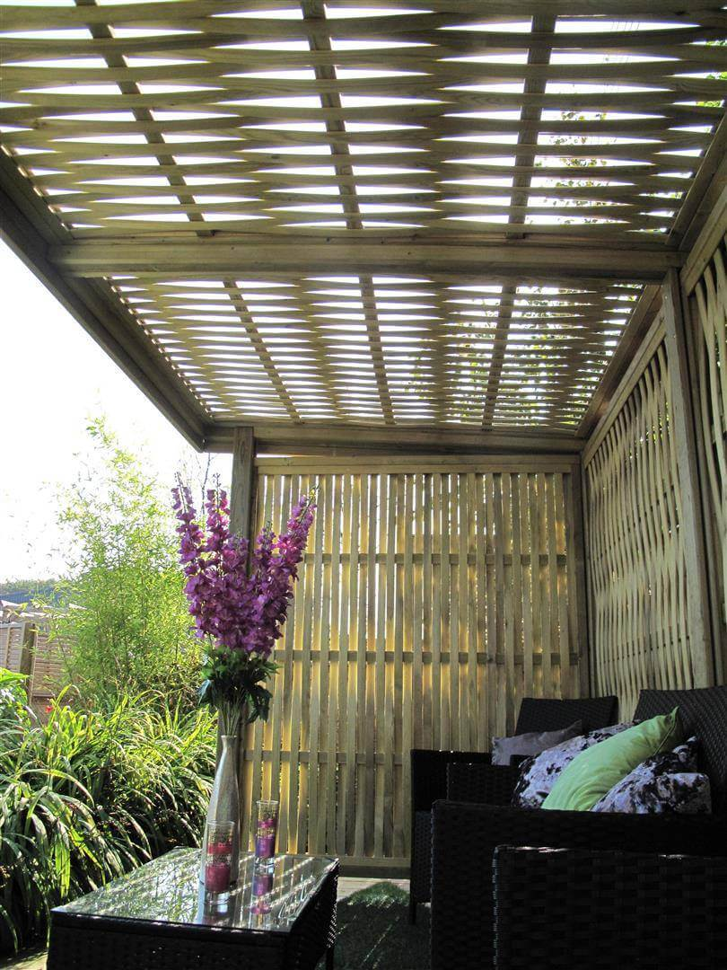 Woven retreat garden shelter roof