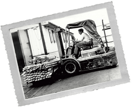 Moving fencing stakes by forklift in1968