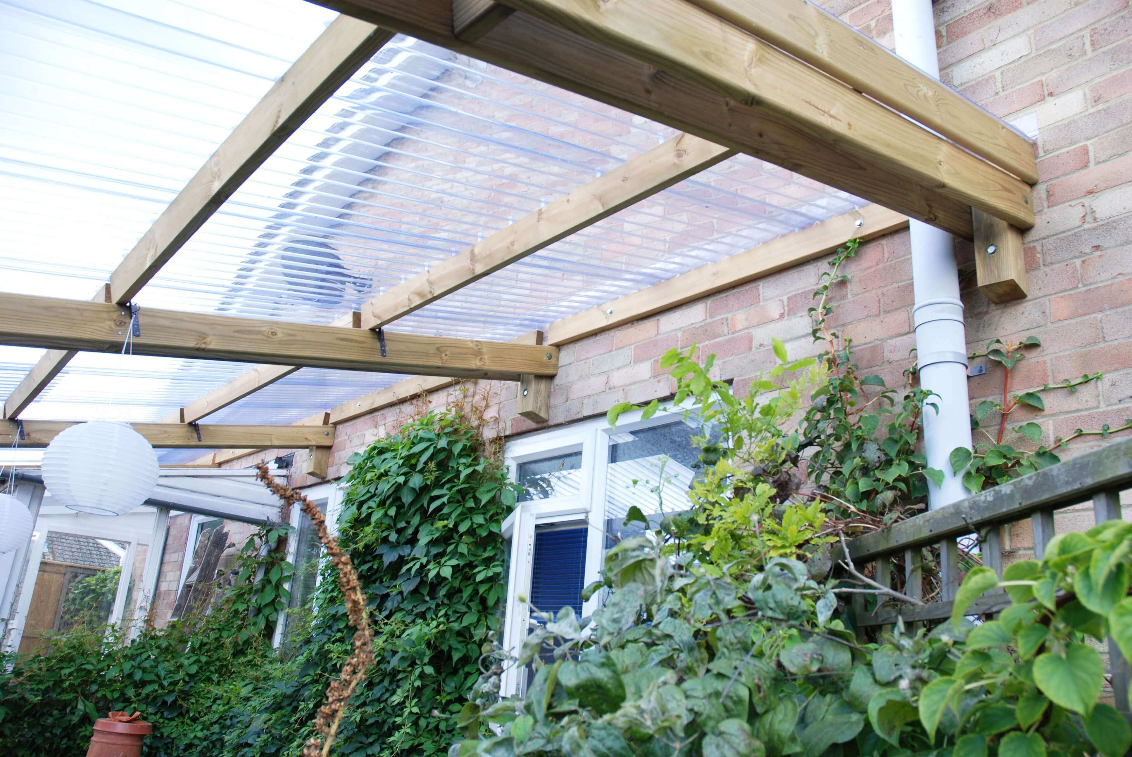 Pergola parts with plastic roof covering