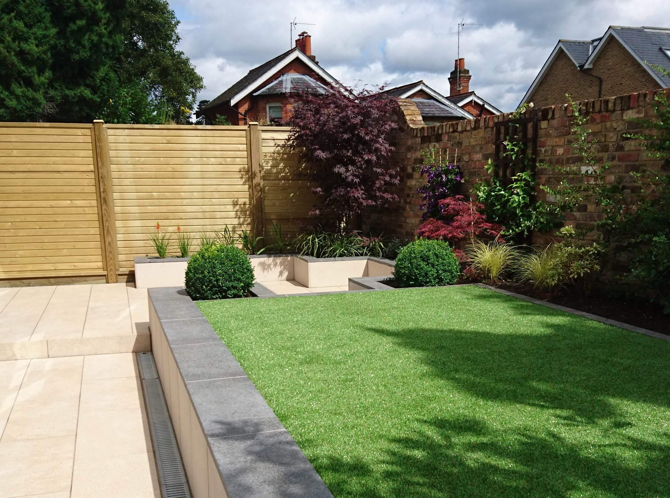 Tongue and groove fence panels with horizontal boards