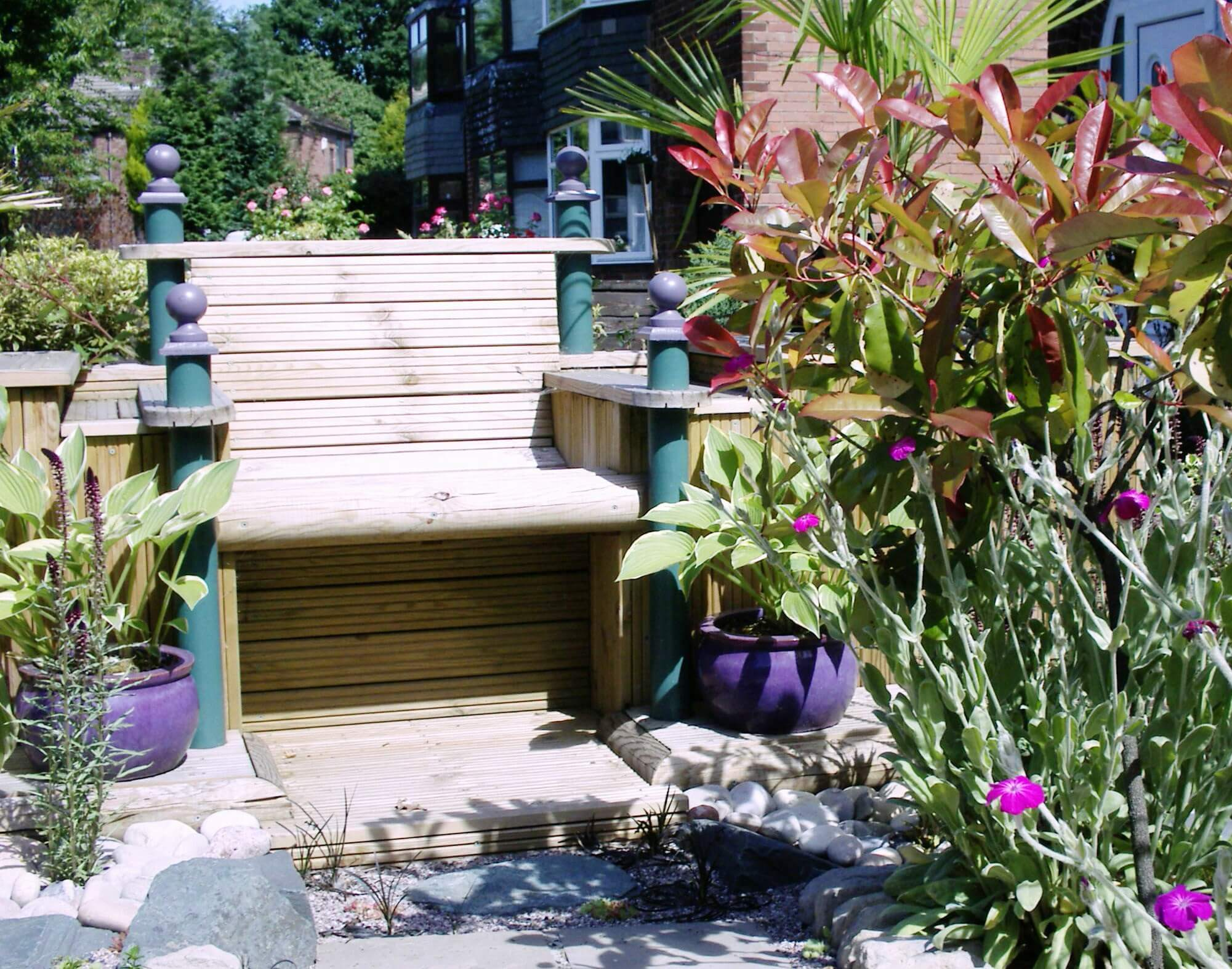seat and planters garden design