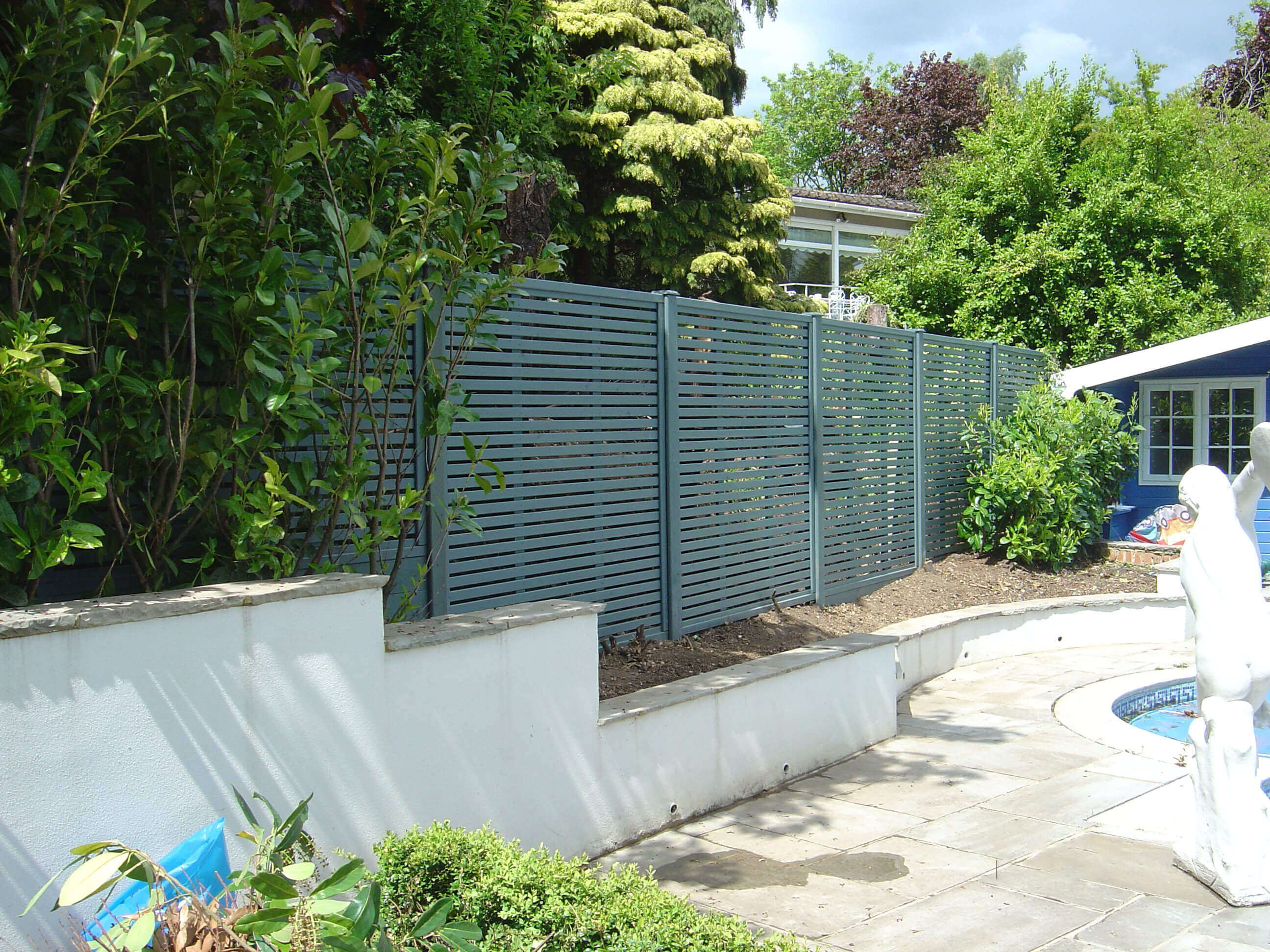 Venetian contemporary garden fence