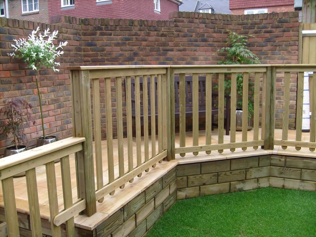 Jacksons Fencing decking and Jakwall