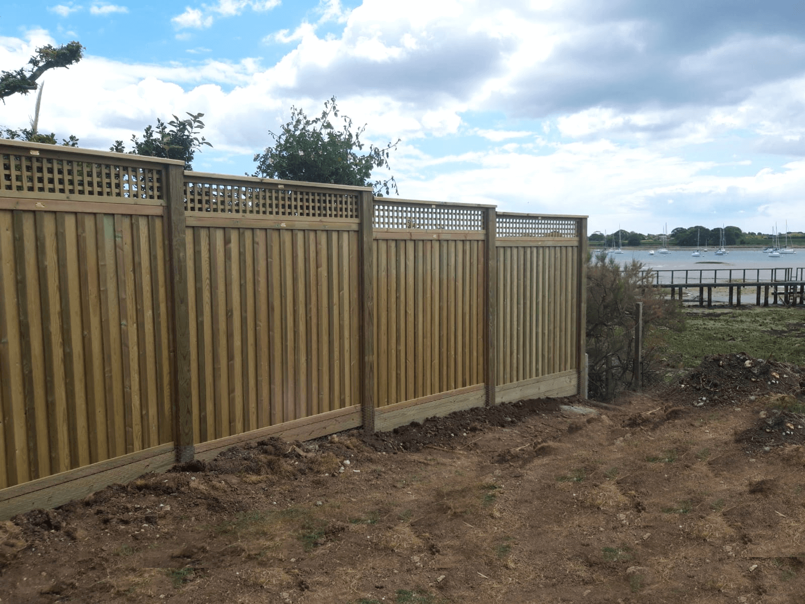 Fencing for coastal areas