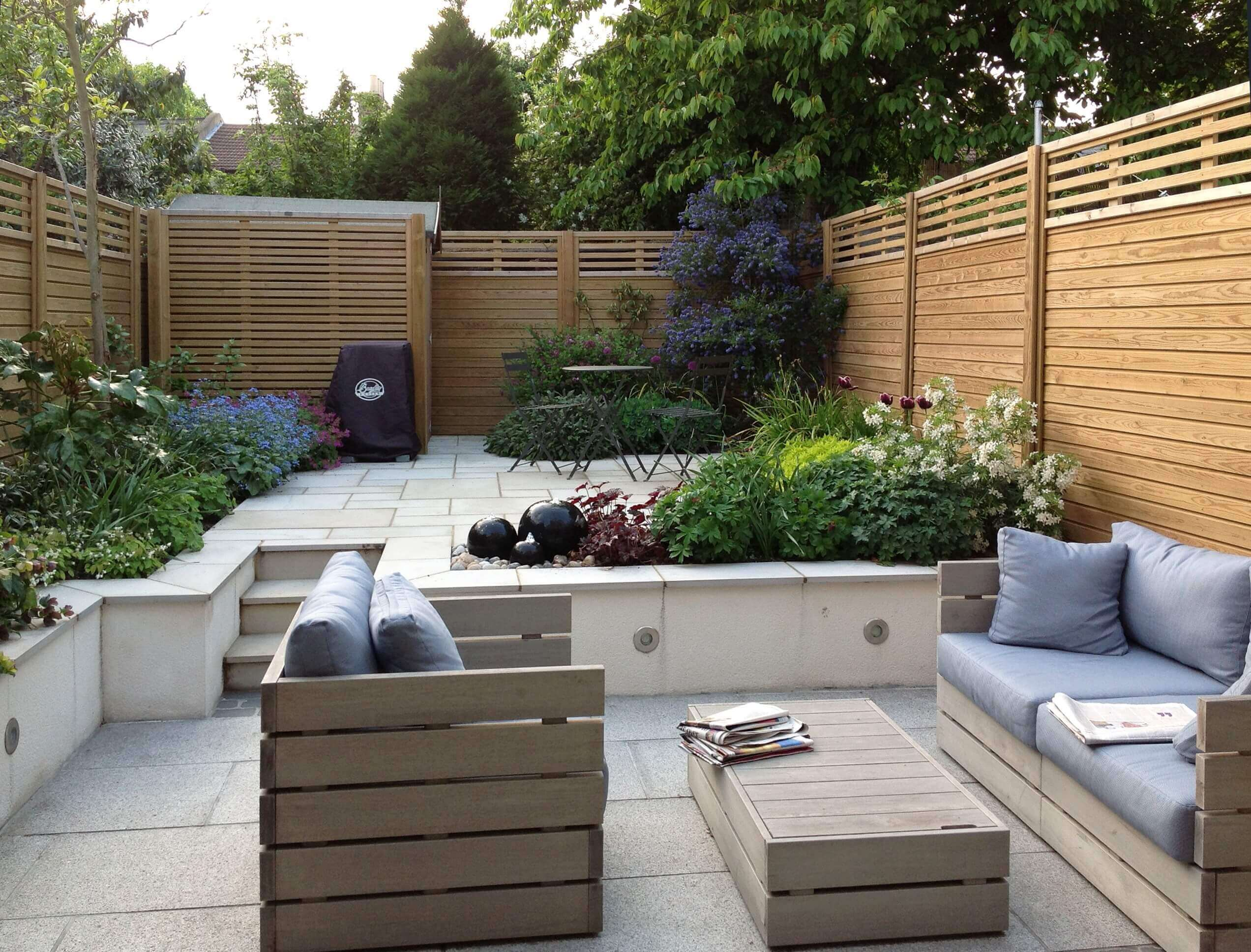 Canterbury combi fencing panels in Tim Mackley garden