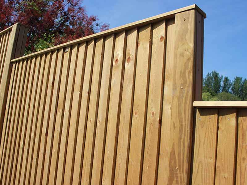 stepped fence panels