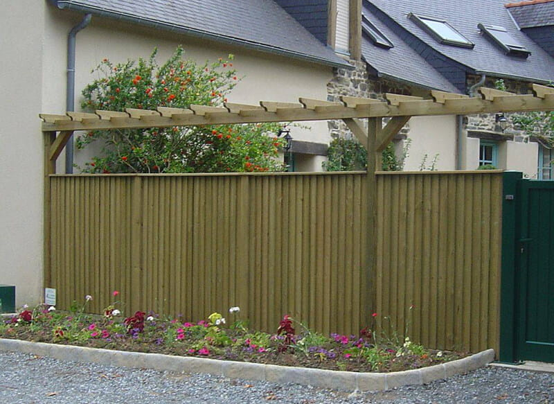 Add additional height and interest to fences