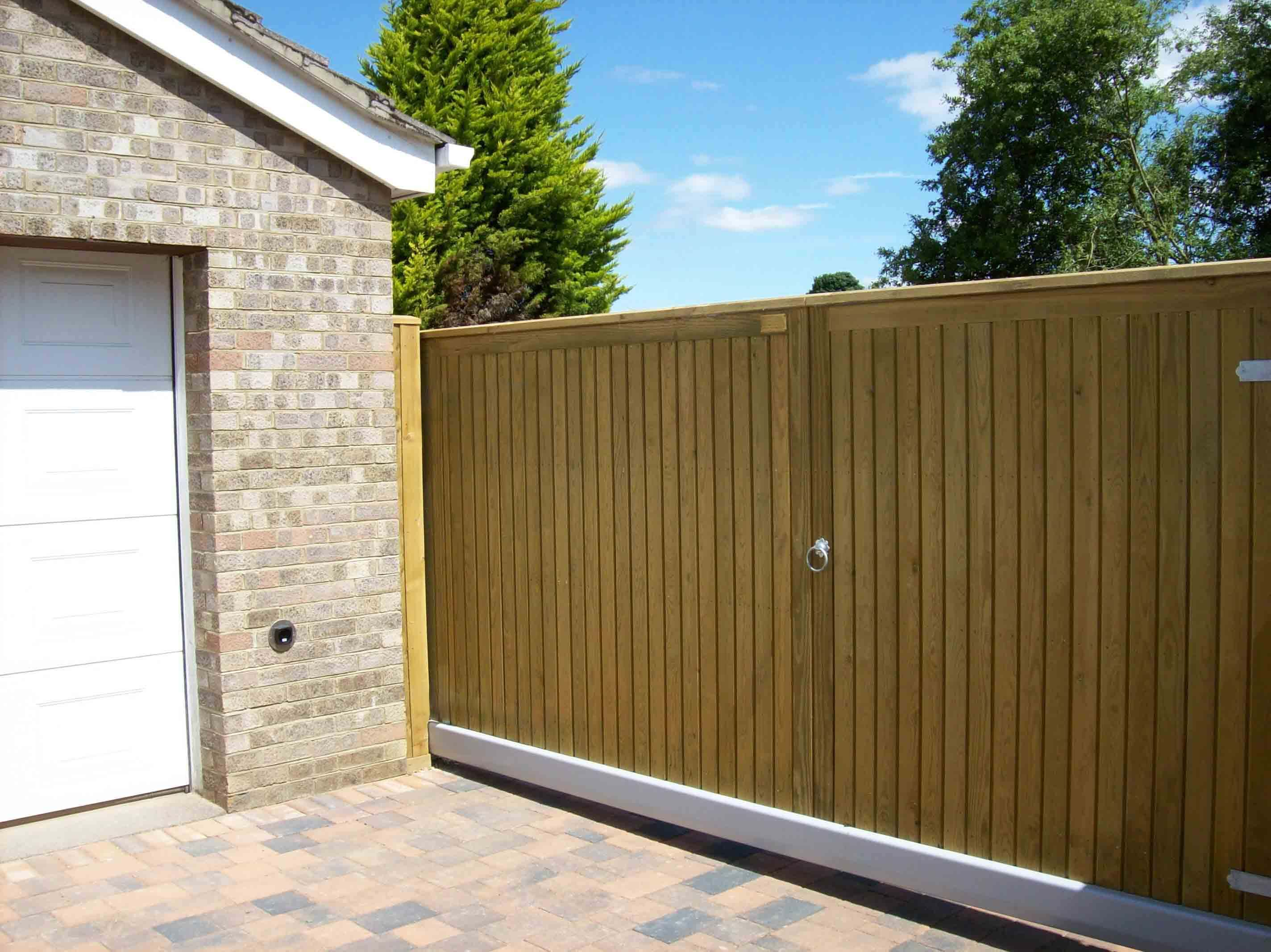 Timber Sliding Courtyard Gate