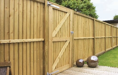 The right garden fence