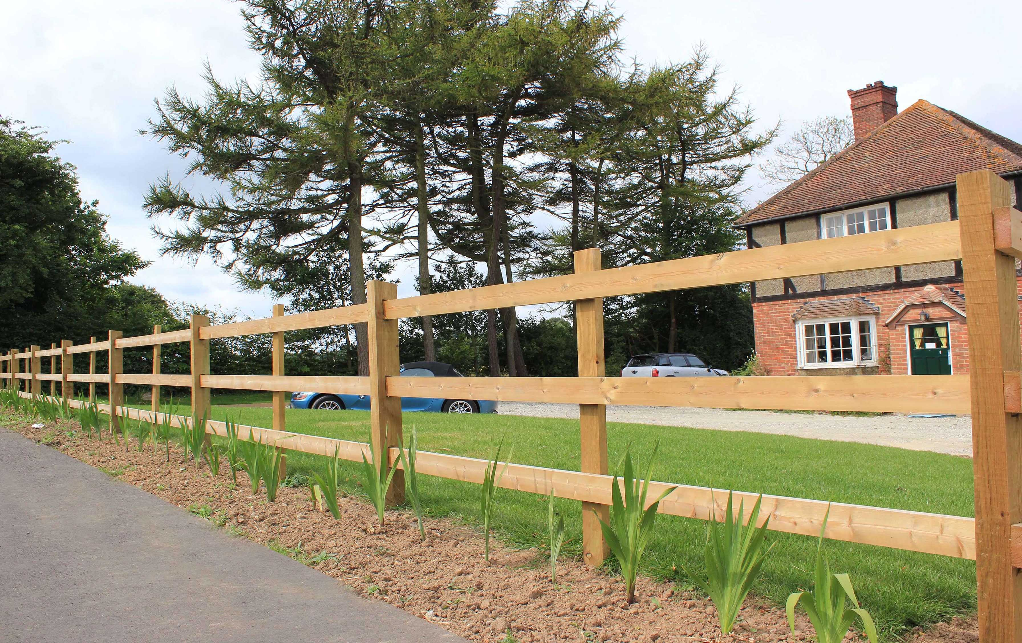 Timber Fencing Jacksons Fencing