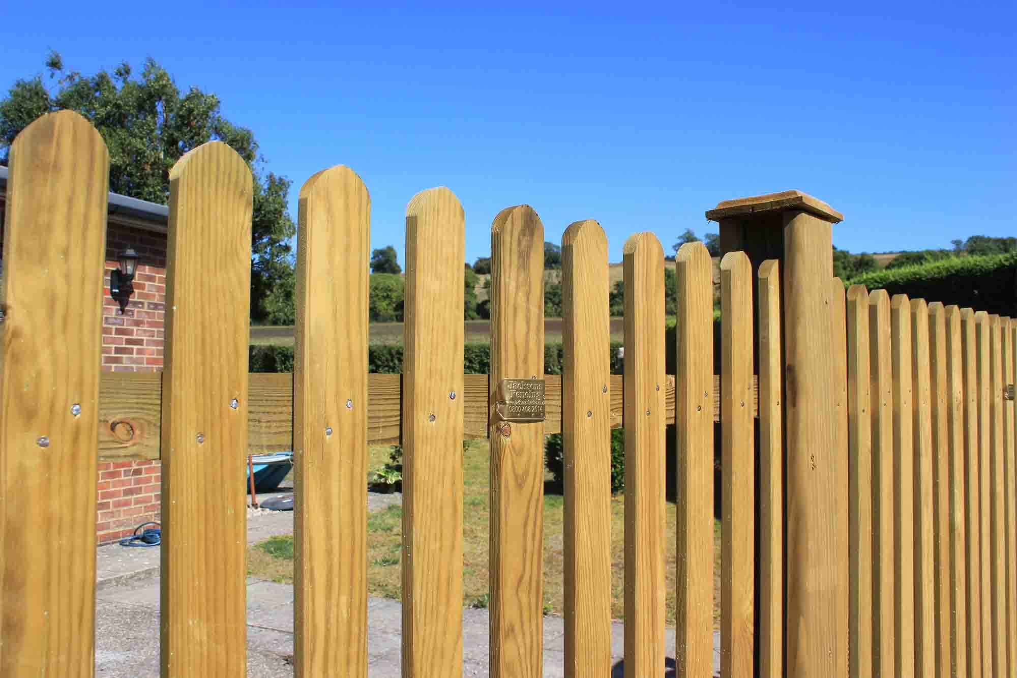 Jacksons Mitre fence panels