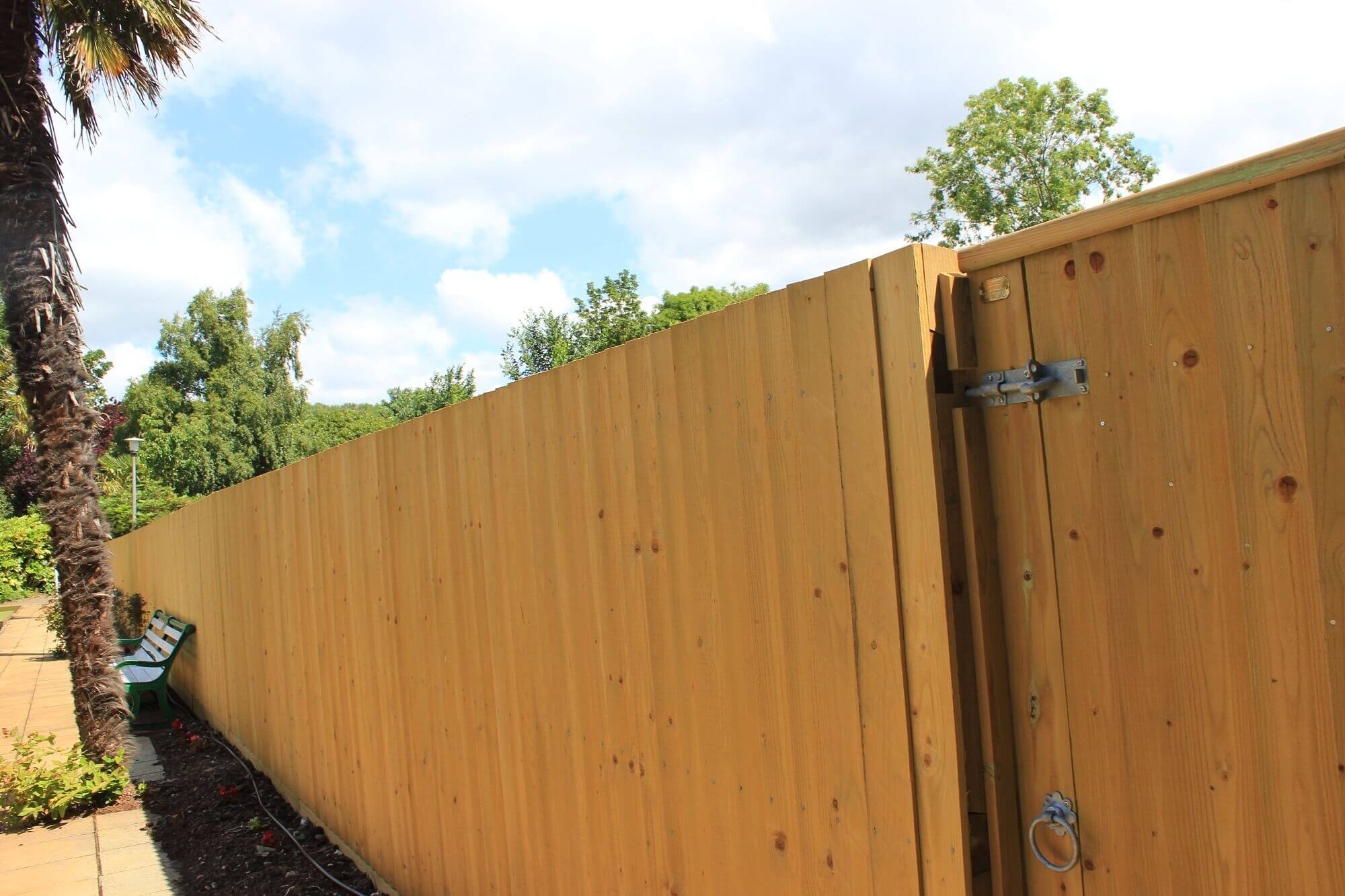 Traditional Closeboard Or Featherboard Fencing Jacksons Fence Gate For Transitional Putting Up Electric