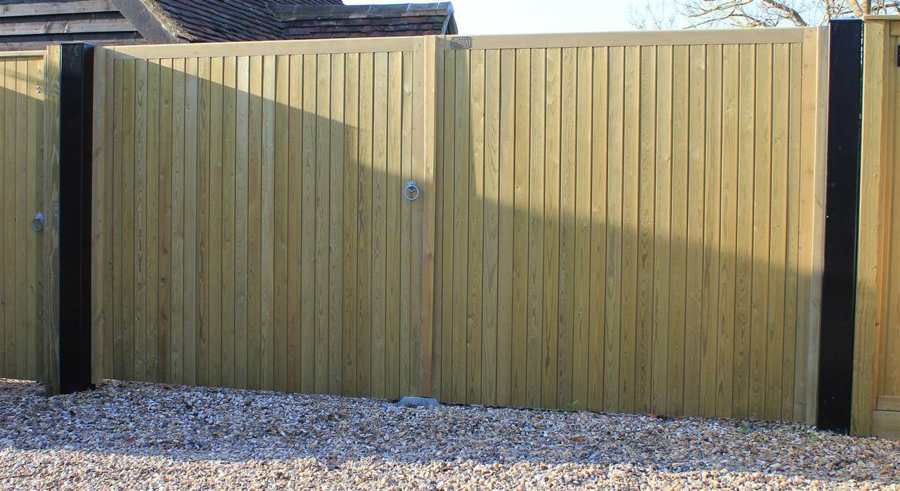 Pair Of Standard Rye Gates 1 8m High By 3 1m Wide