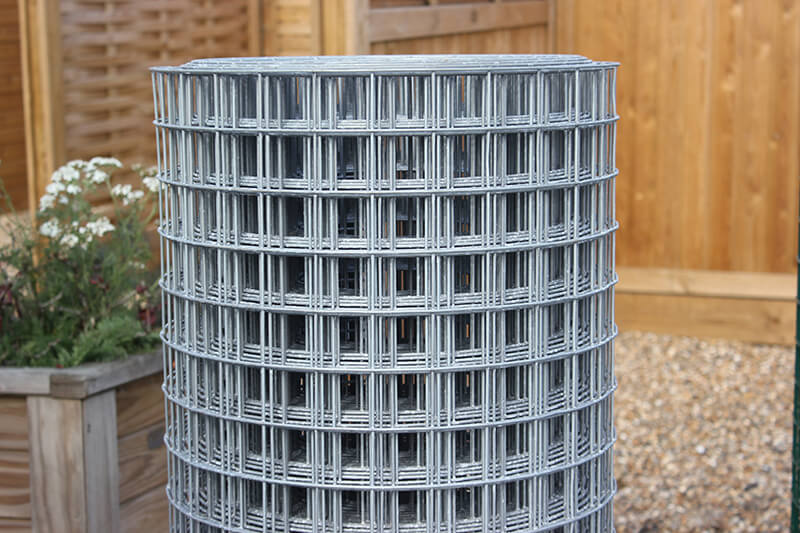 Galvanised mesh wire fencing