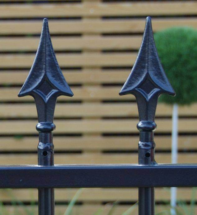 Barbican Imperial Residential Railings 957060 - finials 6
